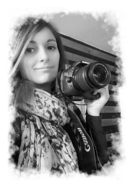 Natali Zlatanovic - Chanteuse, infographiste